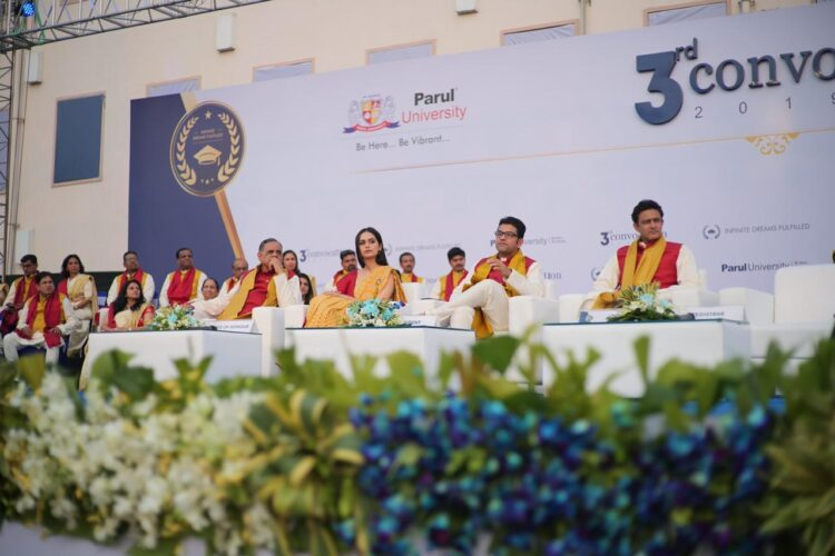 Padma Shri.Anil Kumble and Former Miss World Manushi Chhilar graced the 3rd Annual Convocation of Parul University   Business Connect
