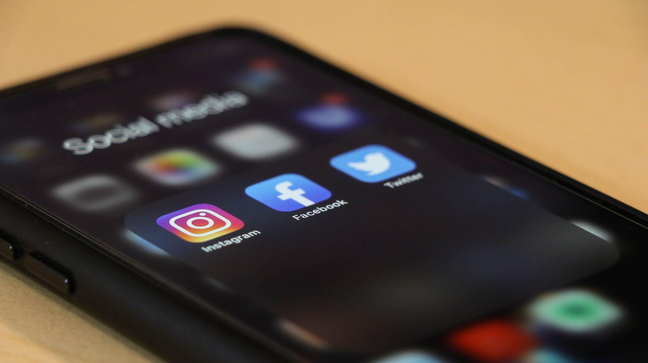 Link Building Tactics | Social Media